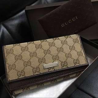 Gucci GG Signature Continental Wallet