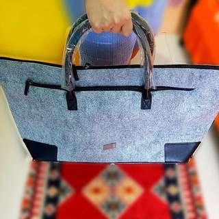 HUGO BOSS Canvas Weekend Bag (Original)