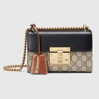 Gucci,Padlock GG Supreme Shoulder Bag Black