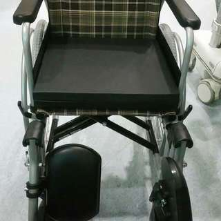 Wheelchair (DNR)