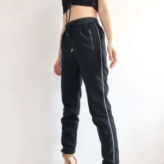 Sporty contrast stripe pants