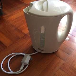電熱水煲-8成新