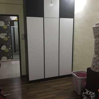 Room for rent. Near MRT!