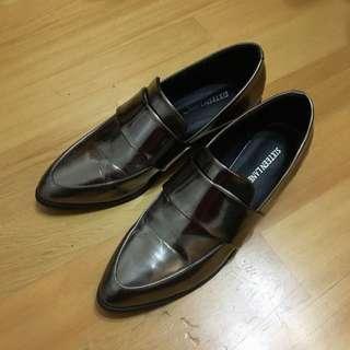 金屬香檳色尖頭鞋