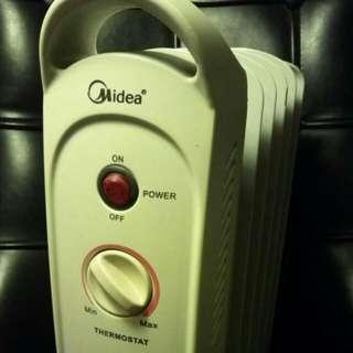 美的Midea充油式暖爐