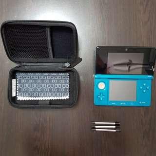 3DS + Pokemon Ultra Moon + Pokemon Sun + Pokemon Y