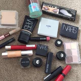 Bulk makeup high end and low