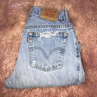 urban outfitters levi mom jean s/m