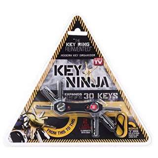 Key Ninja (Tactical Key Organizer With Torchlight Function)