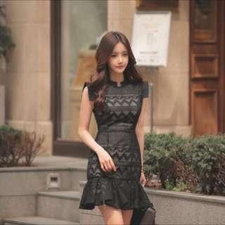 INSTOCK BNIP black lace fishtail dress