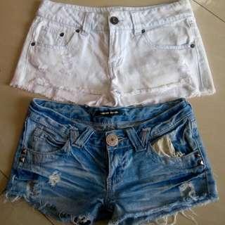 2 sexy shorts