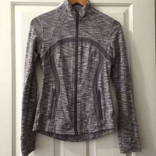 Lululemon Define Jacket- CAN 6 (Aust 10)