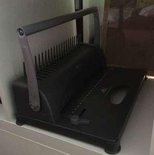Book binder machine
