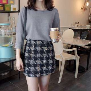 #1212YES BRAND NEW knitted skirt