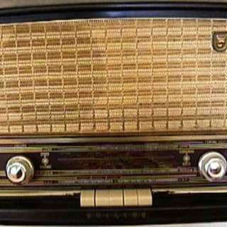 Philips valve radio