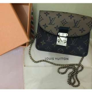 ✨Louis Vuitton PREMIUM NET FREEONGKIR✨