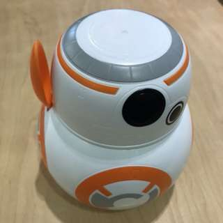 Bb8 cereal container