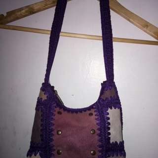 SAK slight sling bag