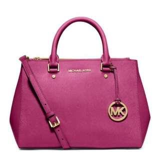 Michael Kors Sutton Medium in Pink