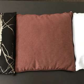Decorator cushions with inserts