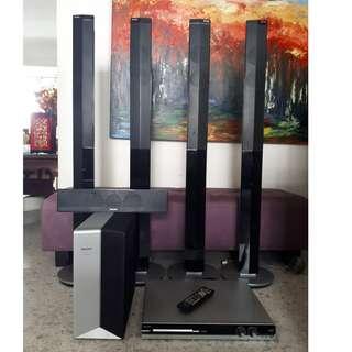 Philips HTS3548W/98 Speakers