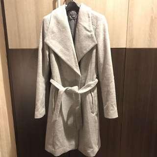 🚚 Esprit 大翻領長版修身大衣外套