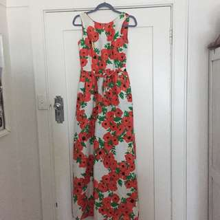 Vintage red and white floral maxi with deep v back Sz 8/10
