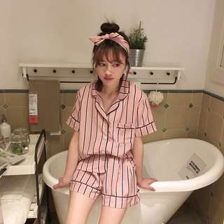 Spring and summer new stripes short-sleeved pajamas + shorts suit wild ladies home service students leisure three sets of tide
