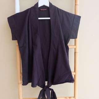 Black kimono style
