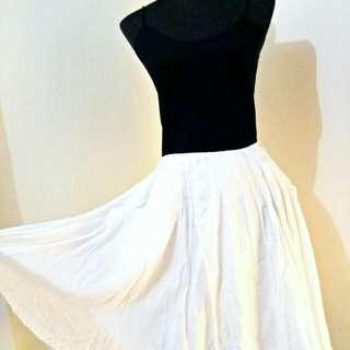 Skirts Giordano and bcbg max azria