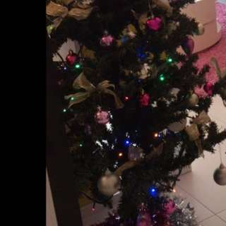 Christmas Tree with Ornaments 5ft