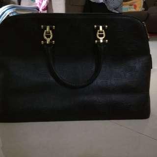 Authentic Aigner handbag