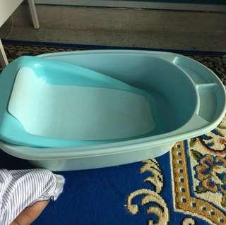 Baby bath safety tub FREE