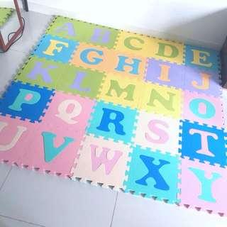 Foam floor mat - 2 sets