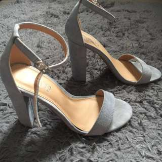 Trash payless shoes preloved
