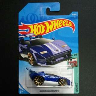 Hotwheels Lamborghini Countach Tooned