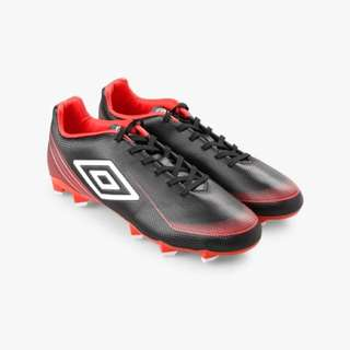 Umbro Veloce HG Football Shoes / Cleats