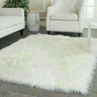 Karpet bulu korea putih 100x130cm