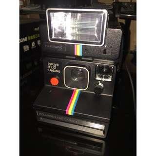 Polaroid Instant 1000 Deluxe 附閃光燈 寶麗來 彩虹機 拍立得 底片機