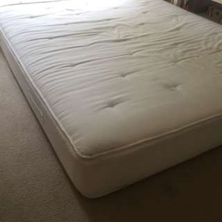 Queen size bed foam latex spring