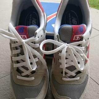 New Balance Shoes size US 9