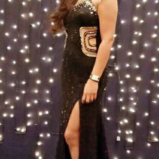 Long Black Gown for rent
