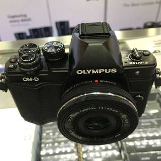 Olympus EM10 Mark 2 kit (14-42mm)