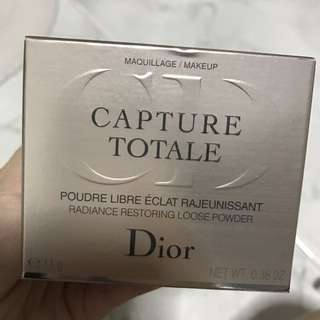 Dior - Capture Totale Loose Powder - Bright Light (001)