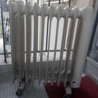 DBK 充油式電暖爐 Oil Radiator