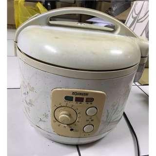 象印 電子鍋 二手 一公升 1L 六人份 小家庭適用 NSSF-T10