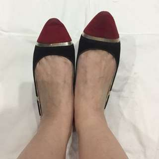 Quinna molla Shoes red n black gold