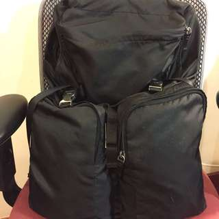 Prada nylon backpack big size men 背囊 背包 大size 男裝款
