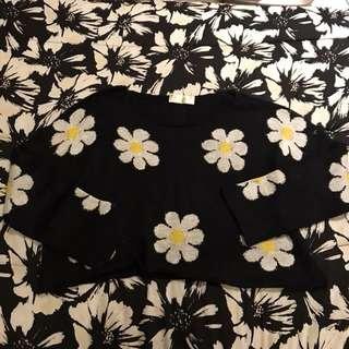 Item 22: Sunflower top
