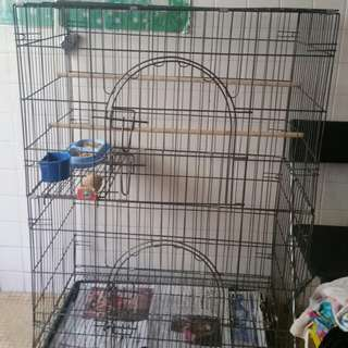 Parrot cage with wheels for sale